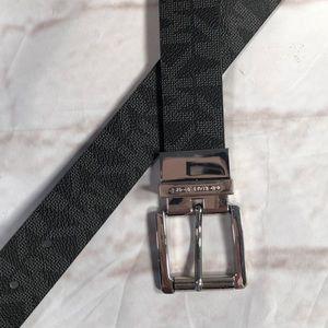 Michael Kors Belt.  Black silver. Reversible!